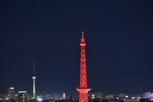 Funkturm zur IFA und im Hintergrund der Fernsehturm