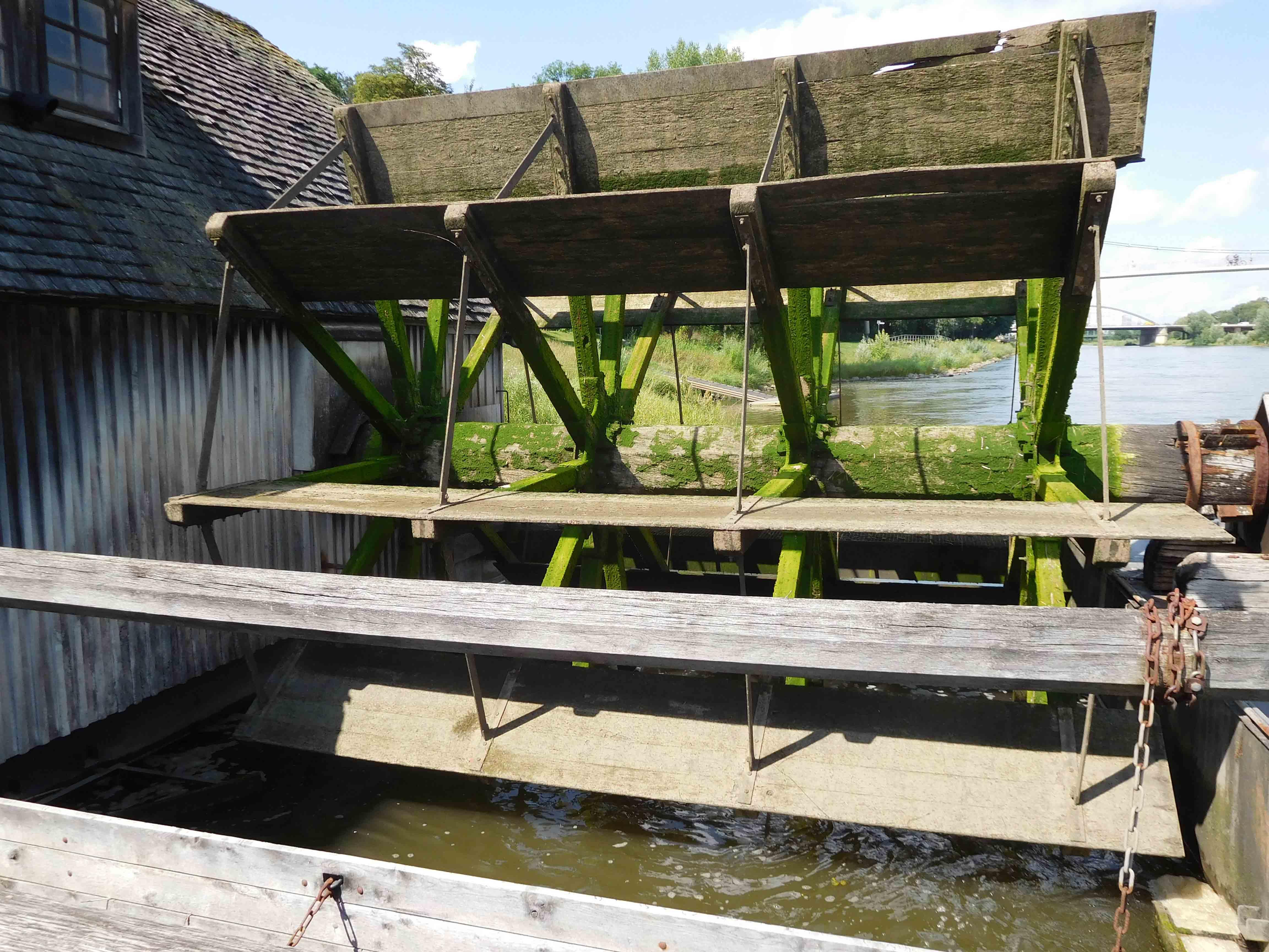 Mühlenradweb